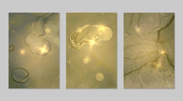 Motif vert pâle et or avec texture de géode et étincelles fond abstrait vectoriel en technique d'encre à l'alcool peinture moderne avec paillettes ensemble de toiles de fond pour la conception d'affiches de bannière art fluide