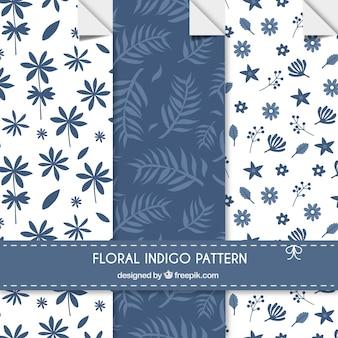 Motifs floraux indigo