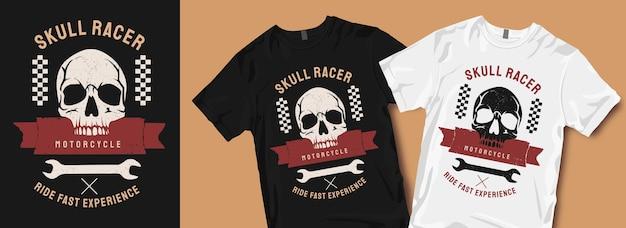 Motifs de t-shirt de moto de course de crâne