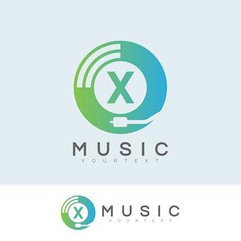 Musique initiale lettre x logo design