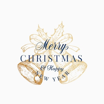 Noël bells abstract vector retro label, signe ou modèle de carte. cloche dorée dessinée à la main avec une illustration de croquis de ruban avec une typographie vintage. isolé