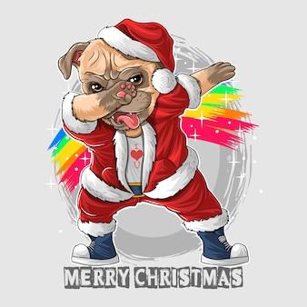 Noël mignon chien carlin tamponnant la danse en costume du père noël