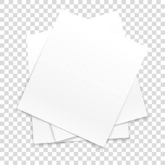 De nombreux cadres de papier isolés sur fond transparent