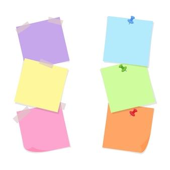 Note papiers attachés avec du ruban adhésif et des punaises