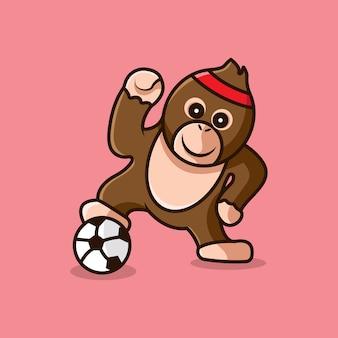 Orang-outan jouant au football