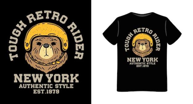 Ours portant une illustration de casque rétro avec un design de t-shirt typographie