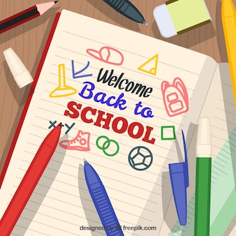Ouvrez le cahier et le matériel scolaire