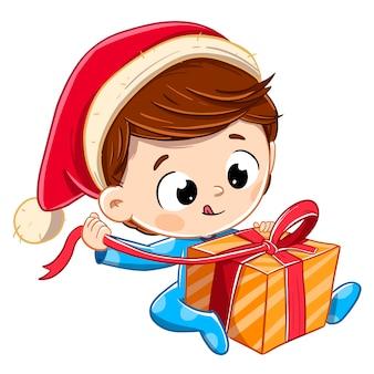 Ouvrir un cadeau de noël avec un chapeau de père noël