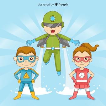 Pack d'enfants habillés en super-héros