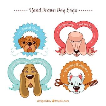 Pack de quatre logos de chien dessinés à la main