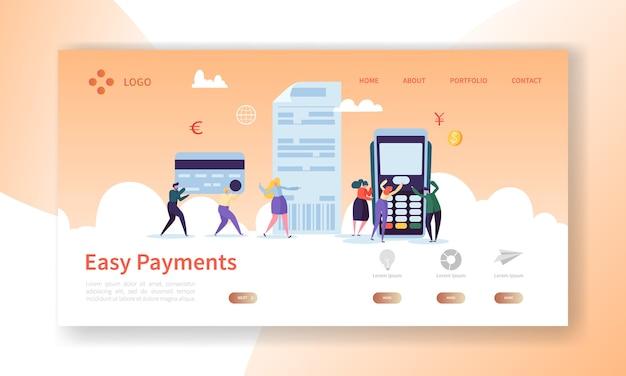 Page de destination du concept de paiement par carte en ligne. bannière de paiements faciles avec modèle de site web de caractères de personnes plates.