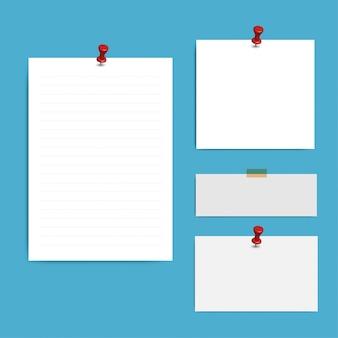 Pages de bloc-notes au carré blanc et broche