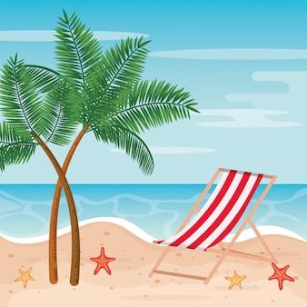 Palmiers avec chaise de bronzage et étoiles de mer sur la plage