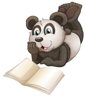 Un panda avec un livre vide