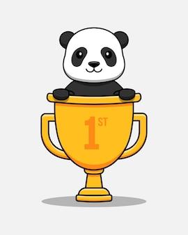Panda mignon dans un trophée