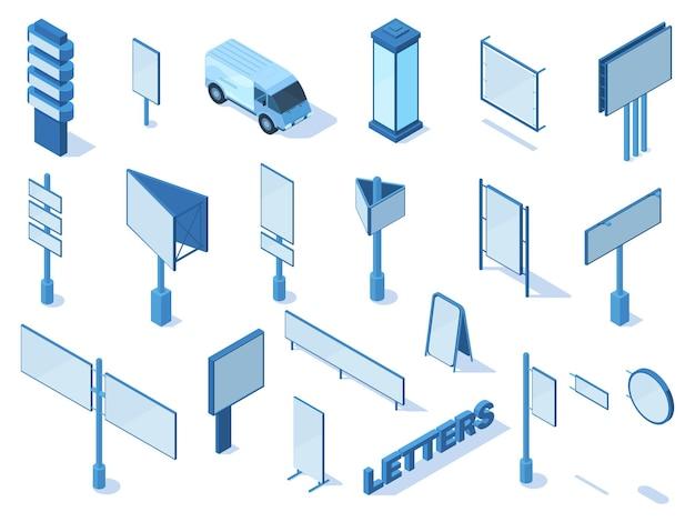Panneaux d'affichage et bannières publicitaires isométriques en plein air. panneaux publicitaires, constructions de signalisation, ensemble d'illustrations vectorielles de panneaux de ville. panneau d'affichage commercial de publicité extérieure