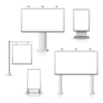 Panneaux publicitaires en blanc