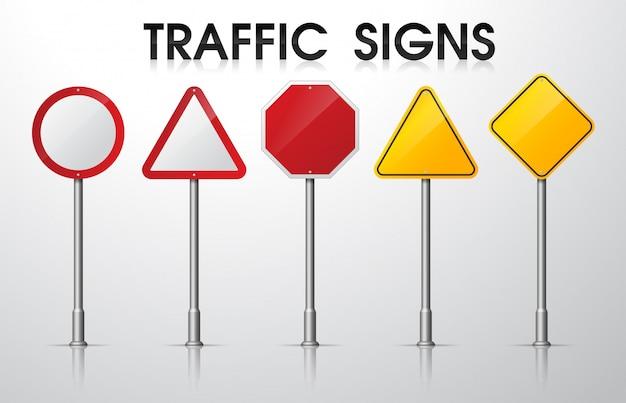 Panneaux de signalisation vides isoler sur blanc