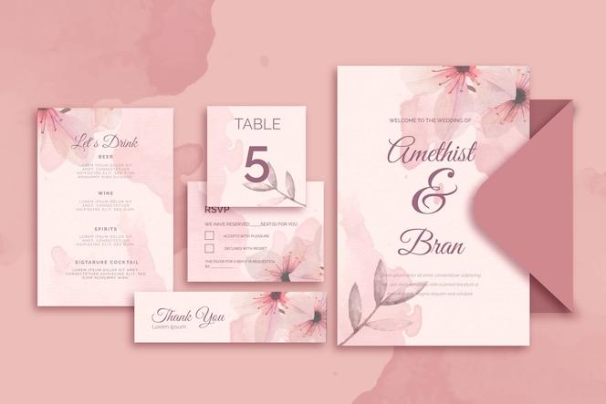 Papeterie variée pour mariage dans des tons roses