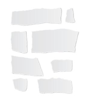 Papier déchiré sur fond blanc