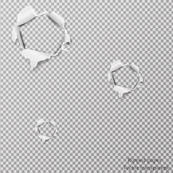 Papier déchiré réaliste, trous dans la feuille de papier sur un fond transparent.