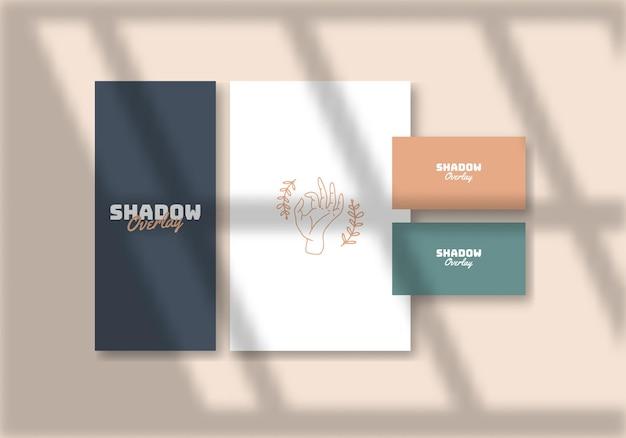Papier avec effet de superposition d'ombres