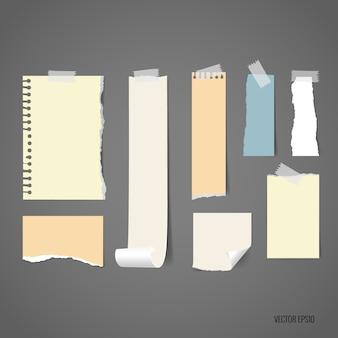 Papiers déchirés avec différentes formes