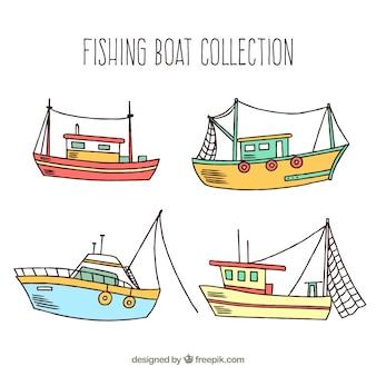 Paquet de bateaux de pêche dessinés à la main