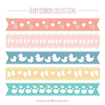 Paquet de cinq rubans pour les bébés avec des couleurs différentes
