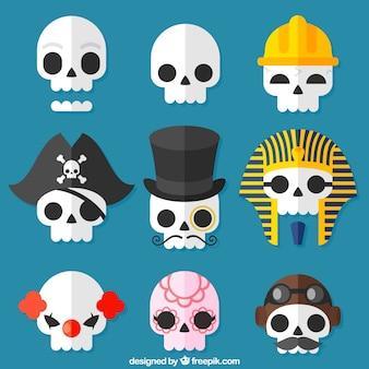Paquet de crânes avec des éléments de costume