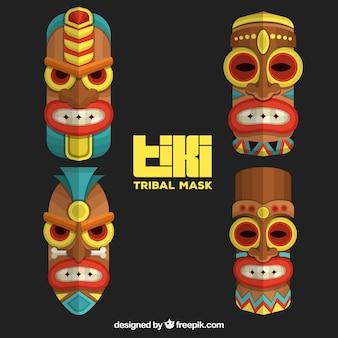 Paquet ornemental de masques tribaux tiki