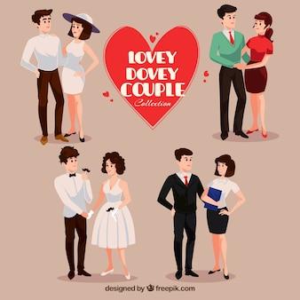 Paquet de quatre jeunes couples souriants