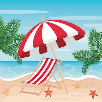 Parasol avec chaise de bronzage et palmiers sur la plage