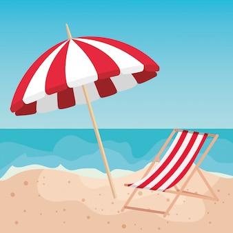 Parasol avec chaise de bronzage sur la plage de sable