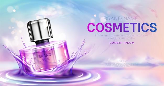 Parfum bouteille cosmétique sur la bannière de la surface de l'eau éclaboussant