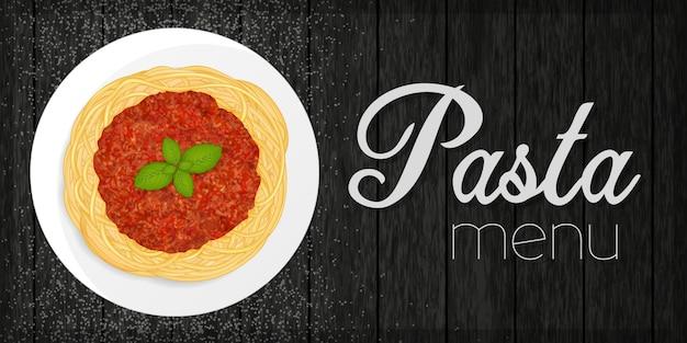 Pâtes bolognaises sur fond noir bois. menu de pâtes. objet pour emballage, publicités, menu.