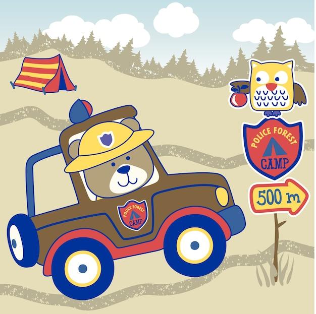 Patrouille forestière avec ours en peluche