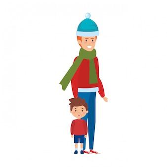 Père et fils avec des vêtements de noël