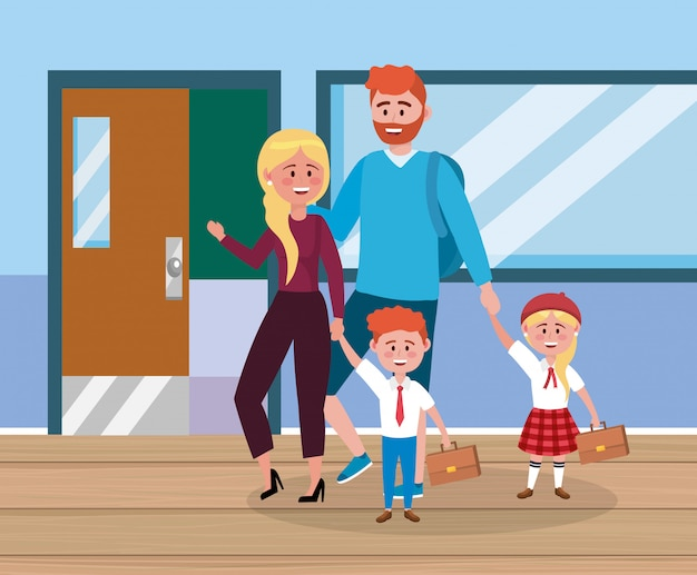 Père et mère avec leur fille et garçon avec valise