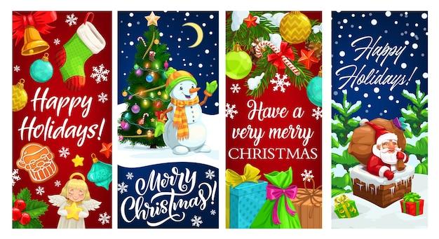 Père noël dans la cheminée et bonhomme de neige avec des cadeaux de noël et des bannières de voeux d'arbre de noël. coffrets cadeaux, cloche et sac de noël, canne à sucre, étoiles et neige, chaussette, pain d'épices et flocons de neige, boules, ange