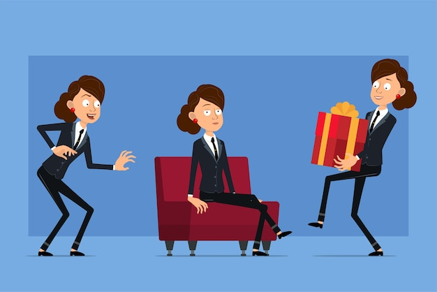 Personnage de dessin animé plat drôle de femme d'affaires en costume noir avec cravate noire. fille se faufilant, reposant sur un canapé et portant un cadeau de vacances.