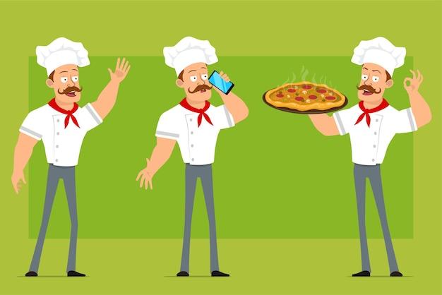 Personnage de dessin animé plat drôle fort chef cuisinier homme en uniforme blanc et chapeau de boulanger. garçon portant une pizza au salami et parlant au téléphone.