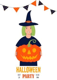 Personnage féminin en costume de sorcière avec une citrouille dans les mains personnage pour halloween