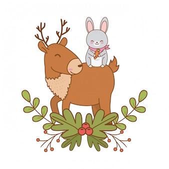 Personnages boisés de lapin et de renne mignons