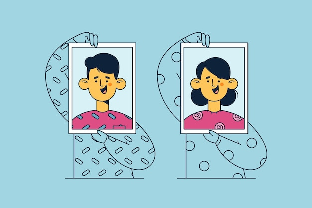 Personnages de dessins animés femme et homme debout et tenant des autoportraits avec des sourires dans les mains ensemble illustration