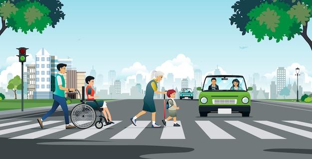 Personnes âgées Et Handicapées Traversant La Route Vecteur Premium