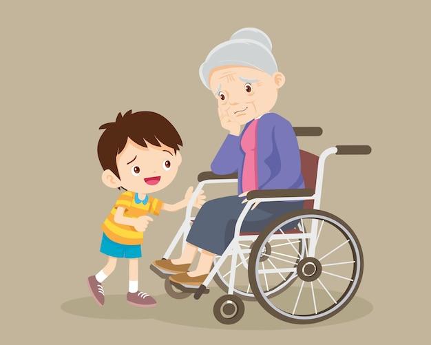 Les personnes âgées sont tristes, l'enfant consolant une femme âgée triste