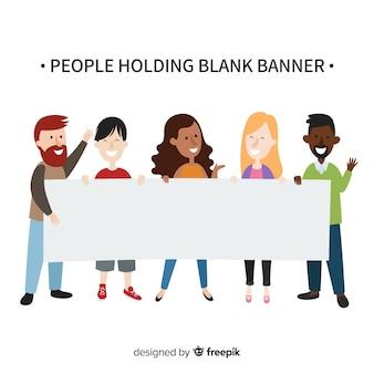 Personnes tenant une bannière vierge