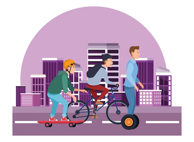 Personnes avec des vélos de planche à roulettes et scooter