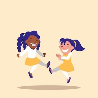 Petites filles mignonnes célébrant le personnage d'avatar